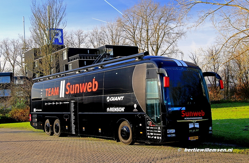 SunWeb MAN Deventer 17-12-17 002.jpg